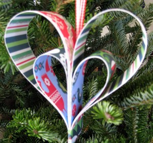 Paper Strip Heart Ornament