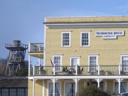 Mendo Hotel