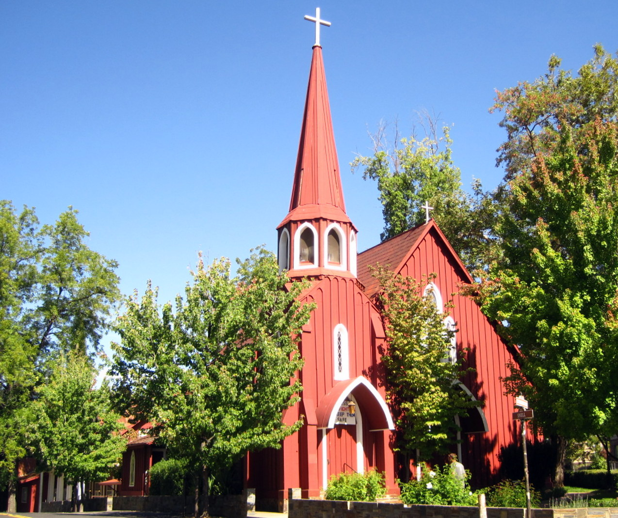 Little Red Church, Sonora