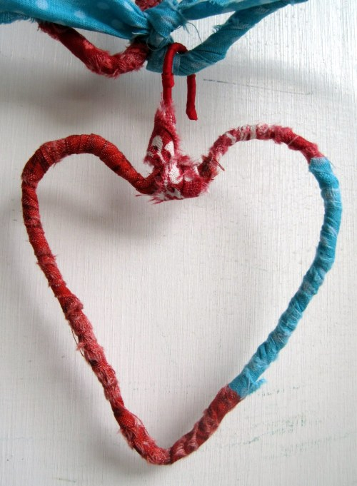 little wire heart