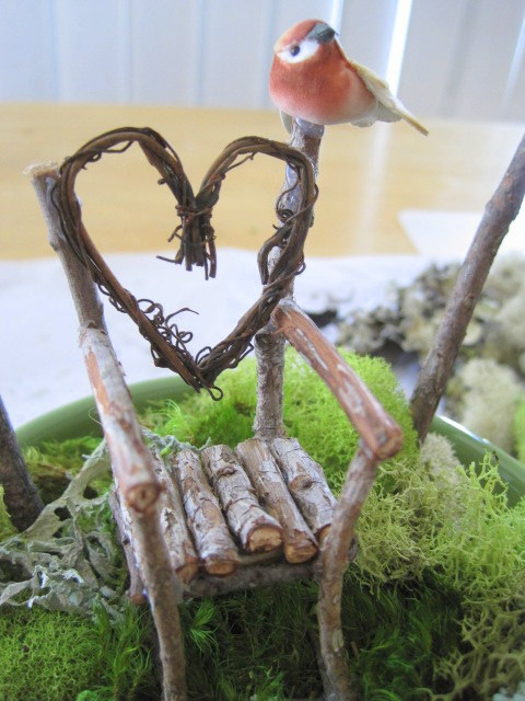 Twig chair with bird
