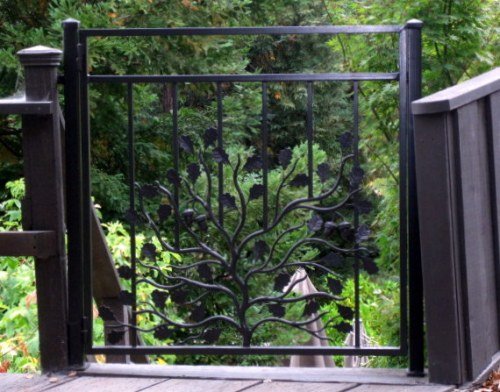 Wrought Iron with Acorn & Leaves
