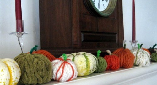 Mix of real and yarn pumpkins