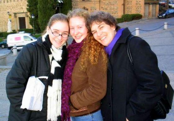 trio-girls-europe